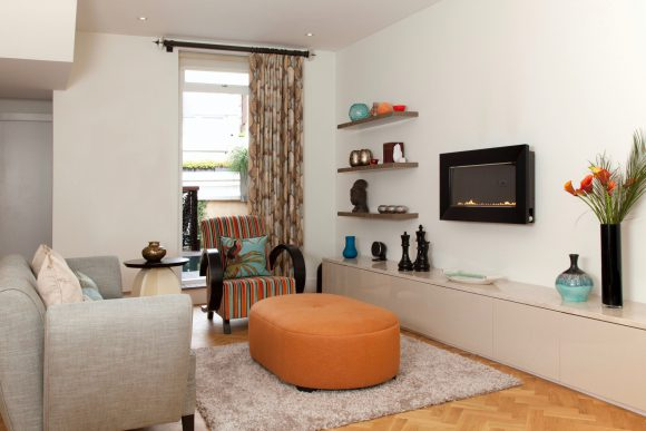 Chelsea Terraced Town House Classic & contemporary residential interior design London. Hélène's projects cover London and its surrounding counties.