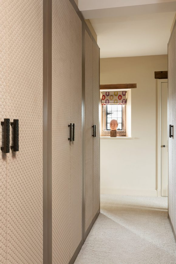 Cotswold Manor House Part 2 Classic & contemporary residential interior design London. Hélène's projects cover London and its surrounding counties